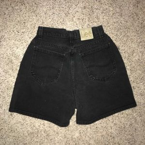 Vintage Lee shorts (size2)
